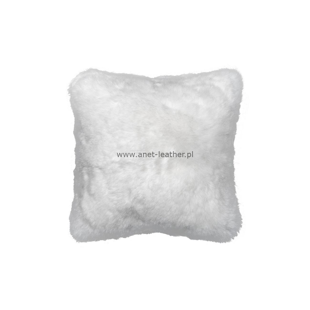 NATURAL WHITE SHORN